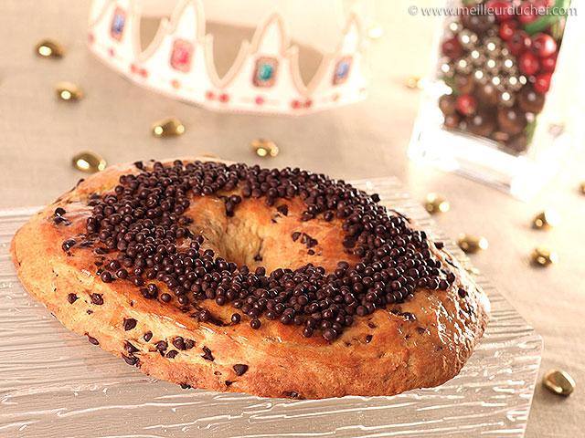 Gâteau des rois au chocolat  la recette illustrée  meilleurduchef.com