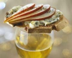 Recette toasts chauds au roquefort et à la pomme