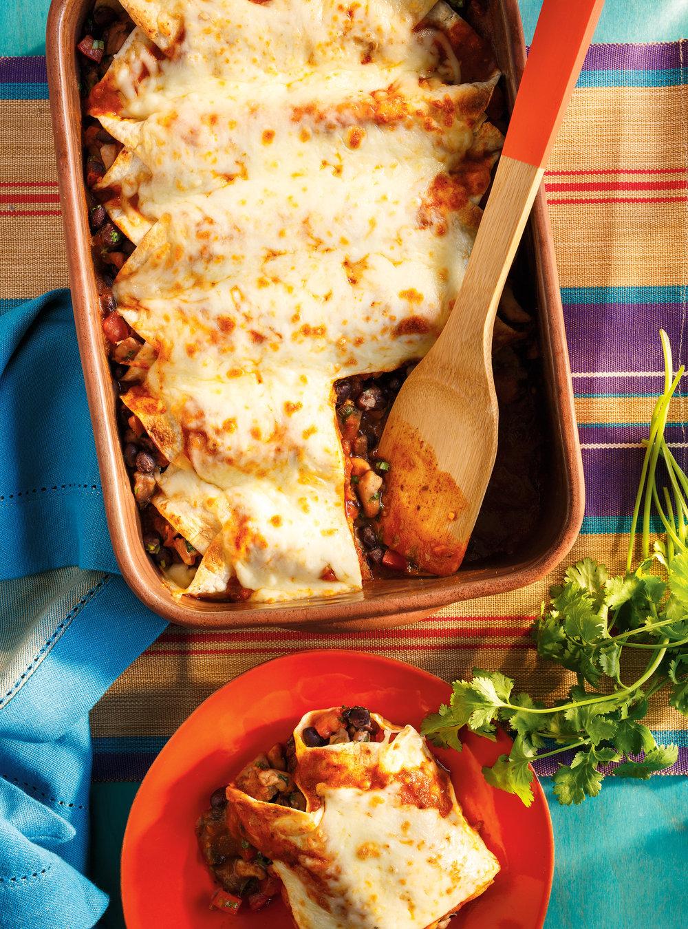 Enchiladas au poulet et aux haricots noirs | ricardo