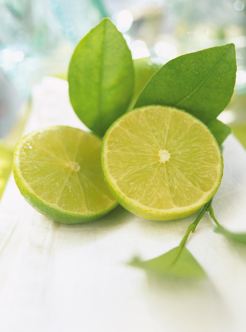 Tarte citron-lime meringuée de christina | ricardo