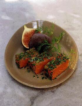 Saumon mariné, citronnette aux herbes pour 4 personnes