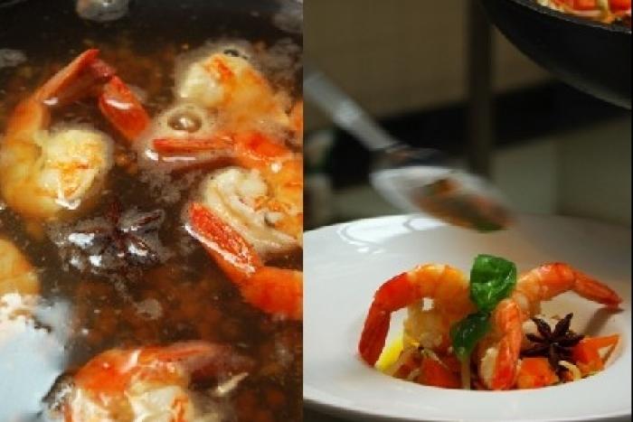 Recette de nage de gambas à l'anis étoilé, wok de légumes ...