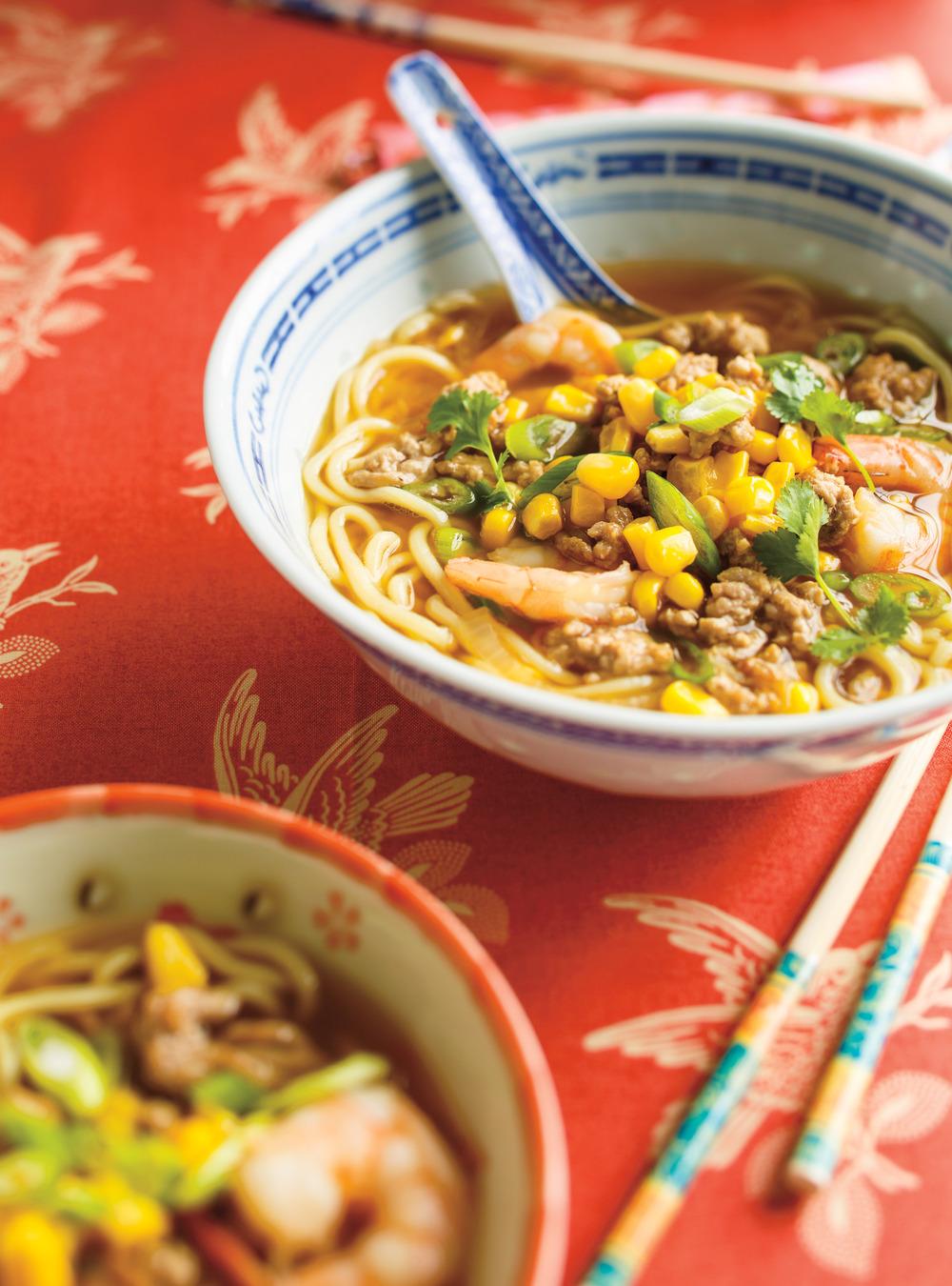 Soupe ramen au porc haché et aux crevettes | ricardo