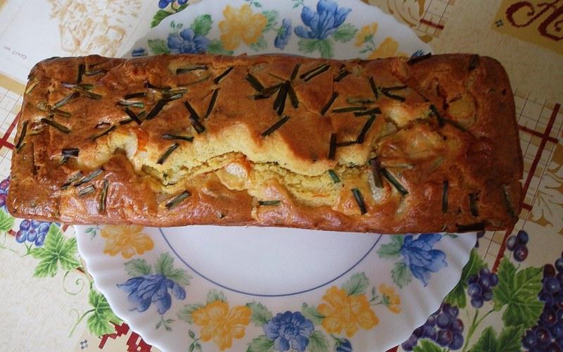 Recette cake surimi, comté et ciboulette > cuisine étudiant