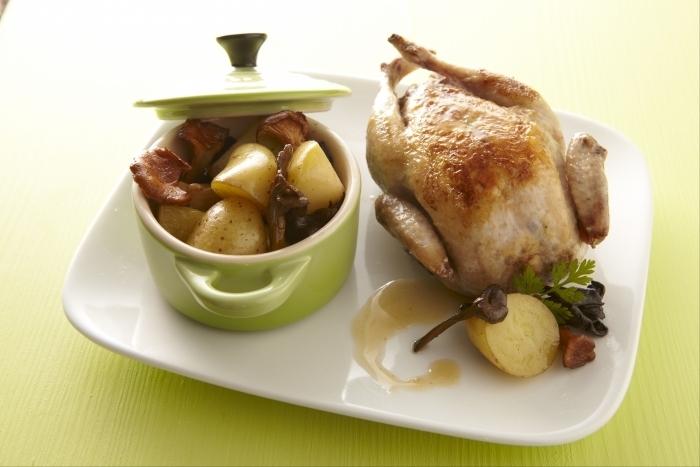 Recette de caille farcie au foie gras , fricassée de champignons et ...