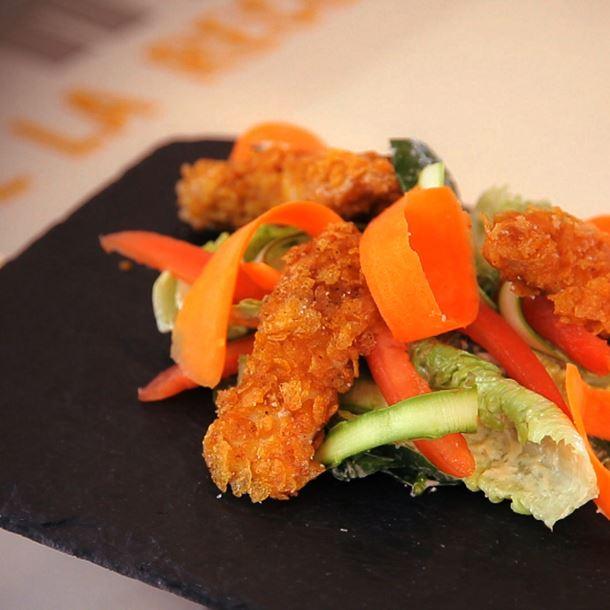 Recette salade caesar au poulet croustillant
