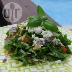 Recette salade d'orzo, épinards et feta – toutes les recettes allrecipes