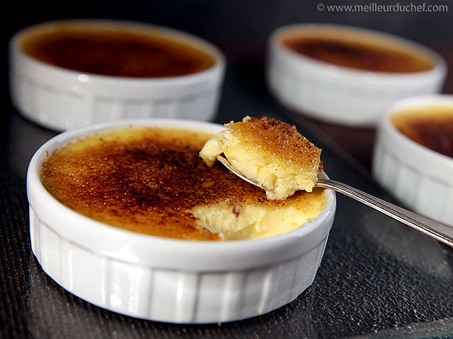 Crème brûlée  recette de cuisine avec photos  meilleurduchef.com