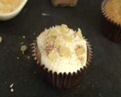Recette cupcakes aux épices de noël, glaçage au miel et éclats de ...