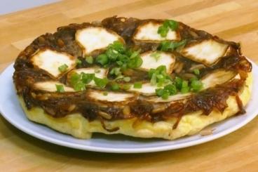 Recette de tarte tatin d'oignons et chèvre frais facile et rapide
