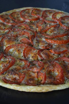 Recette de tarte à la tomate, pesto et mozzarella