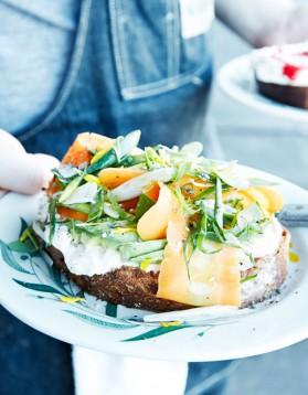 Toast de légumes aux herbes pour 1 personne