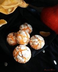 Recette de biscuits crinkles clémentine et sésame noir halloween