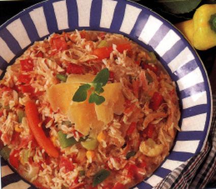 Risotto au poulet, jambon et salami