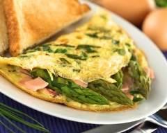 Recette omelette aux asperges vertes et jambon