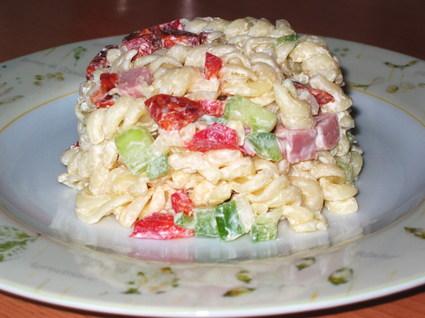 Recette de pâtes en salade multicolore