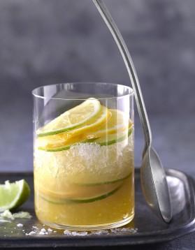 Cocktail ti punch au rhum brun pour 1 personne