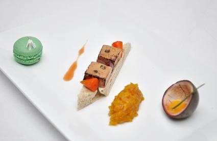 Recette de tartine de foie gras caramélisé et son mini-potager à l ...