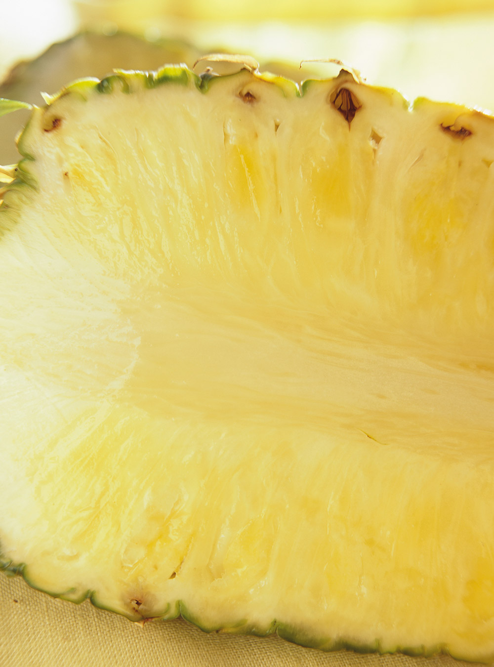 Ananas grillé au lait de coco | ricardo