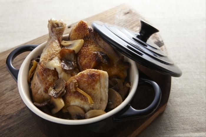 Recette de cocotte de poulet aux champignons facile et rapide