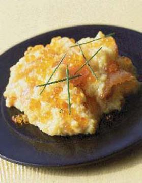 Œufs brouillés saumon et œufs de saumon pour 4 personnes ...