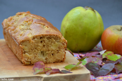 Cake aux pommes généreux