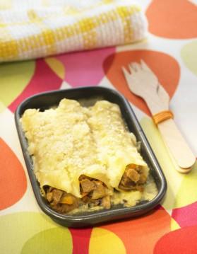 Cannelloni de confit de canard, pied de porc et feuilles de blette ...