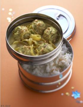 Curry de boulettes de boeuf et riz pilaf pour 4 personnes