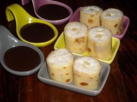 Makis de crêpes lait de coco, ananas et sa sauce chocolat pour 4 ...