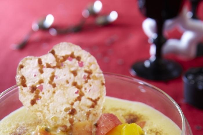 Recette de sabayon de fruits exotiques et tuiles aux amandes rapide