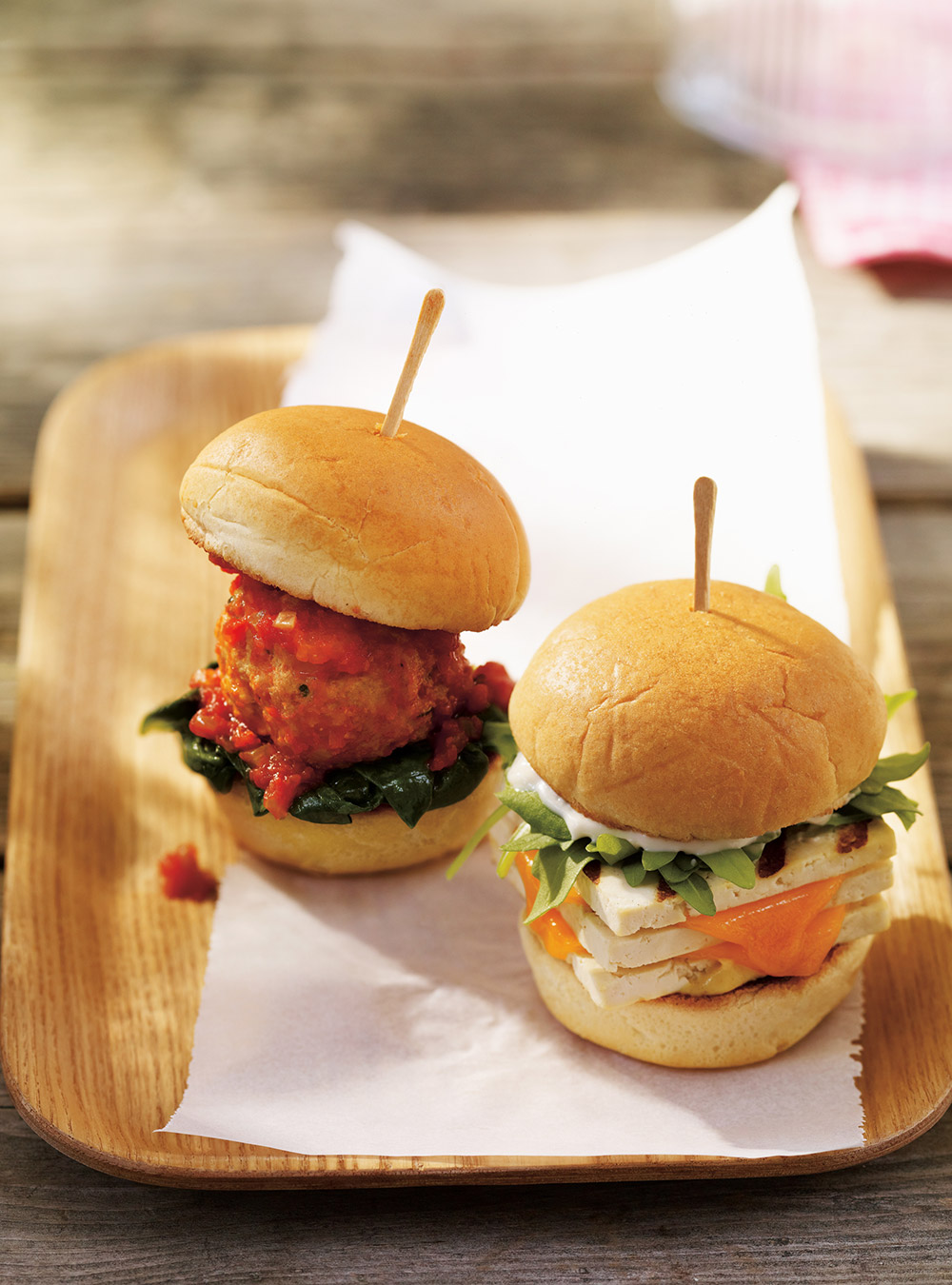 Mini-burgers aux boulettes marinara | ricardo