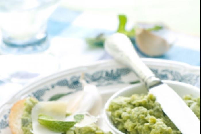 Recette de crostini aux fèves rapide