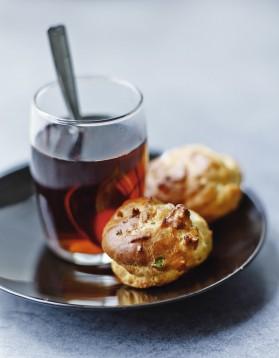 Mini-gougères au gorgonzola et aux noix pour 6 personnes ...