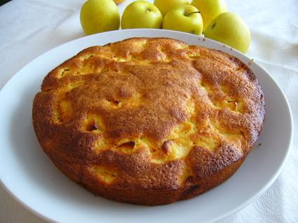 Recette de gâteau moelleux aux pommes et aux amandes