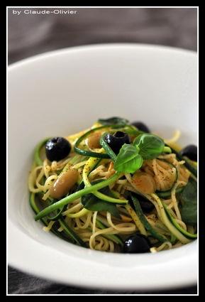 Recette de duo de spaghetti aux olives et pignons