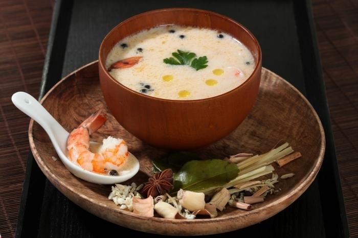 Recette de soupe thaïe aux épices facile et rapide