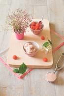 Recette de crème glacée à la vanille et aux fraises tagada