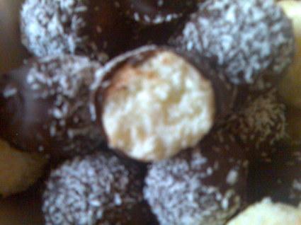 Recette de bouchées noix de coco sans sucre