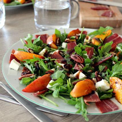 Recette de salade de nectarine et jambon ibaïona (ou ibaïama)