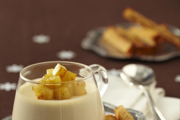 Recette de panna cotta au foie gras, pommes caramélisées et ...