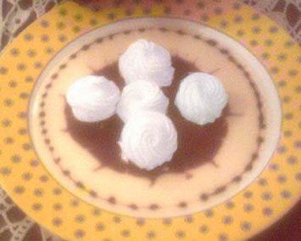 Recette oeufs à la neige sauce praliné au café