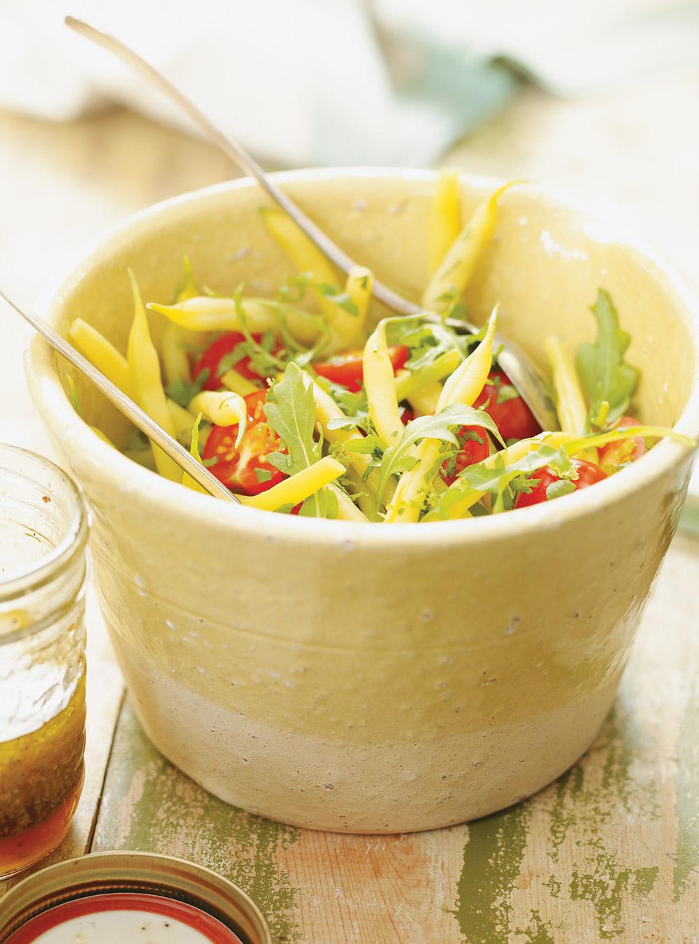 Salade de haricots jaunes, de roquette et de tomate | ricardo