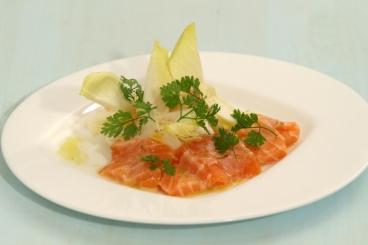 Recette de marinade de saumon, vinaigrette d'agrumes et salade d ...