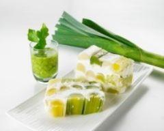 Recette cheese-cake de poireaux primeurs, ricotta et pesto de ...