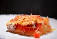 Recette de gratin de pommes de terre, tomates et saucisse fumée ...