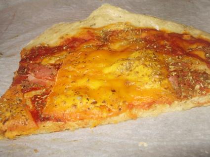 Recette de pizza mimolette bacon et origan
