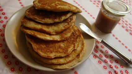 Recette de pancake à la pomme et son caramel fondant