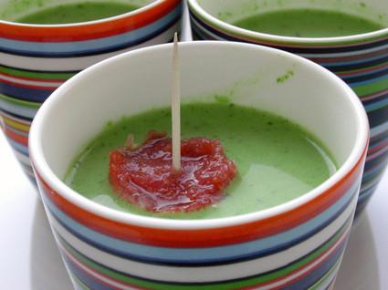 Recette de velouté glacé de petits pois et sorbet à la tomate