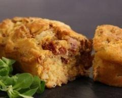 Cake mozzarella, tomates séchées et chorizo | cuisine az