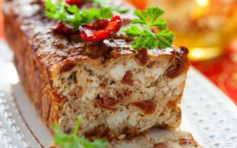 Recette cake salé poulet rôti/tomates séchées pas chère et facile ...